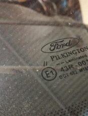 Világvezető pozícióban az autóüveg Pilkington modelljei